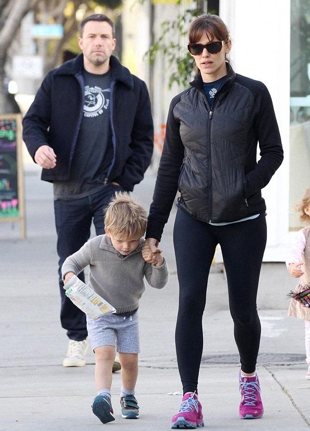 Дженнифер Гарнер и Бен Аффлек с сыном