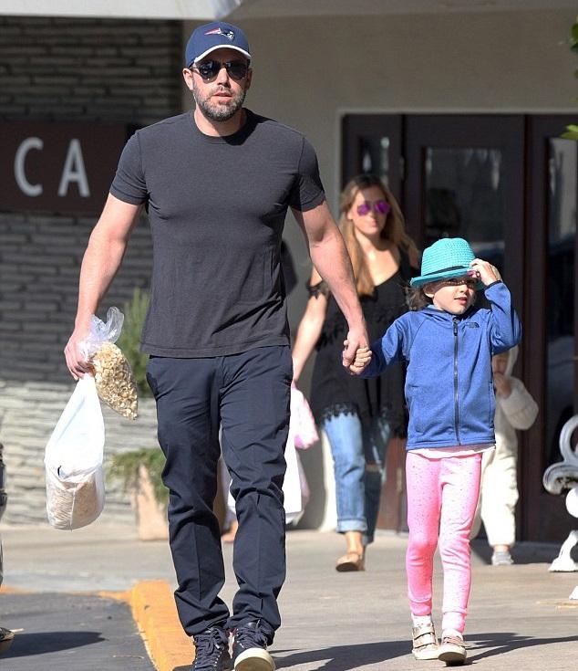 Бен Аффлек с дочкой Серафиной