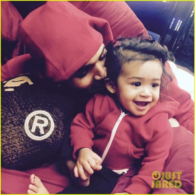 Крис Браун с дочкой Роялти