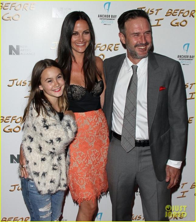 Дэвид Аркетт с женой Кристиной Макларти и дочерью Коко от первого брака