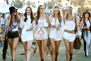 hilary-duff-alessandra-ambrosio-coachella-first-weekend-09