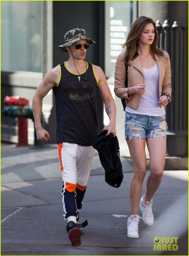 jared-leto-shows-off-his-muscles-again-in-a-batman-tank-top-05