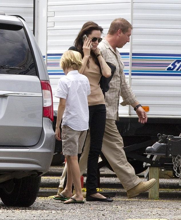 Анджелина Джоли и Шило Нувель
