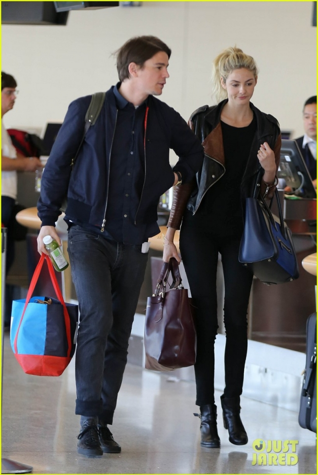 josh-hartnett-are-too-cute-at-lax-airport-03