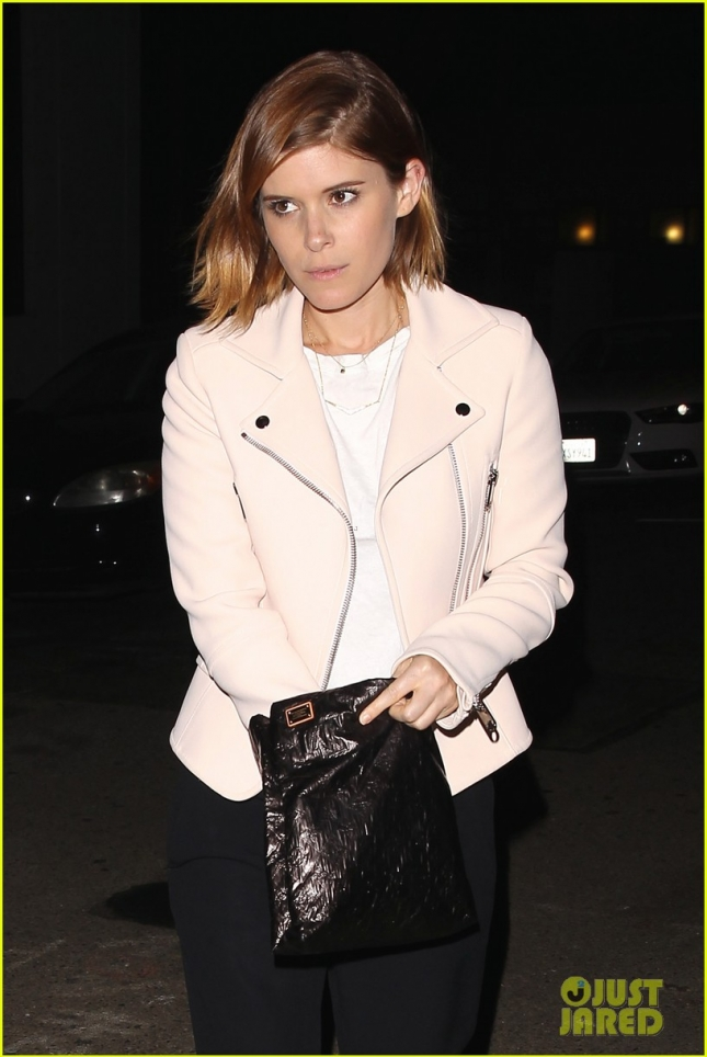 kate-mara-cousin-john-make-it-family-affair-at-craigs-02