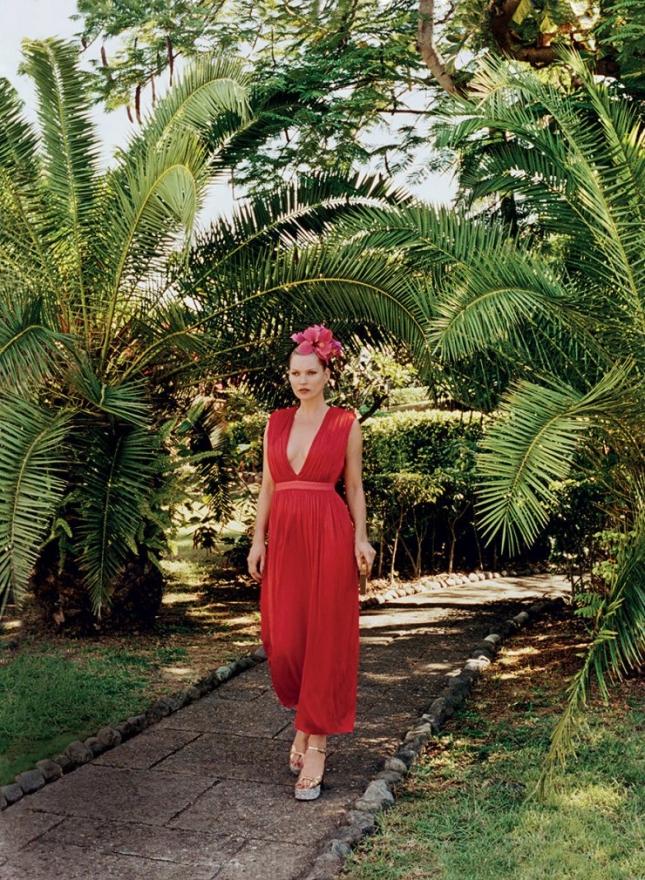 Кейт Мосс в фотосессии для Vogue US, май 2015