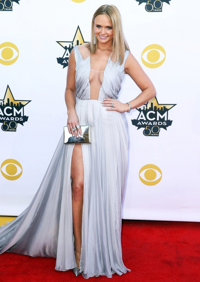 miranda-lambert-50th-academy-of-country-music-awards-02