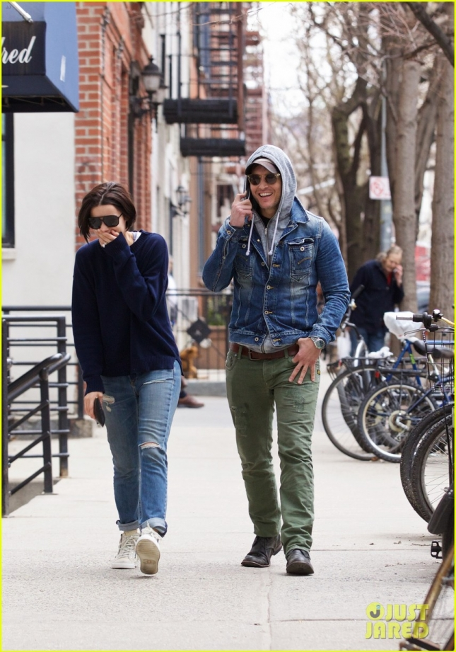 peter-facinelli-jaimie-alexander-spotted-together-engagement-news-03