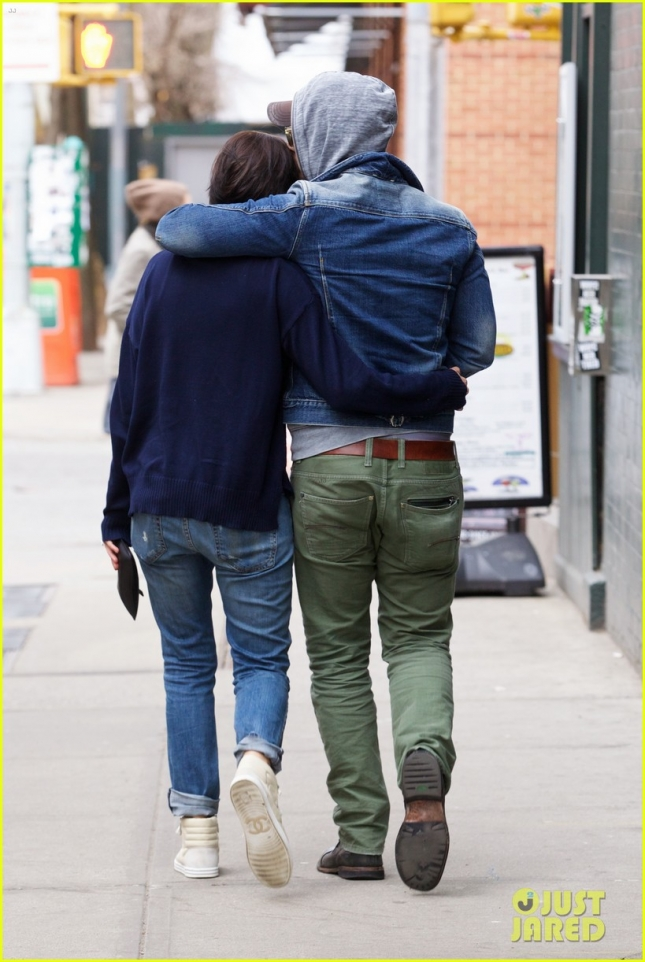peter-facinelli-jaimie-alexander-spotted-together-engagement-news-05