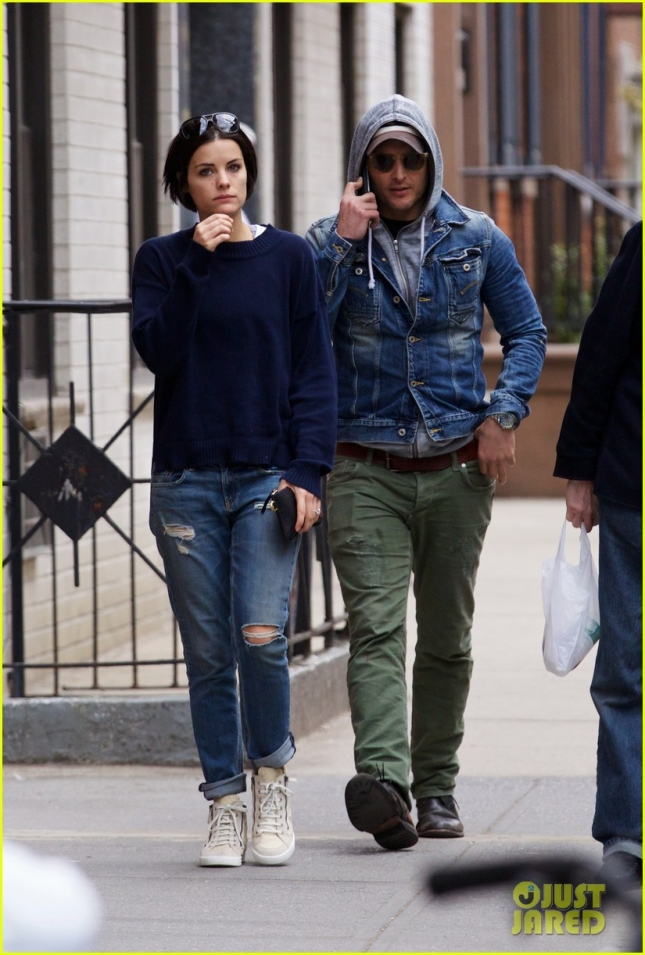 peter-facinelli-jaimie-alexander-spotted-together-engagement-news-06