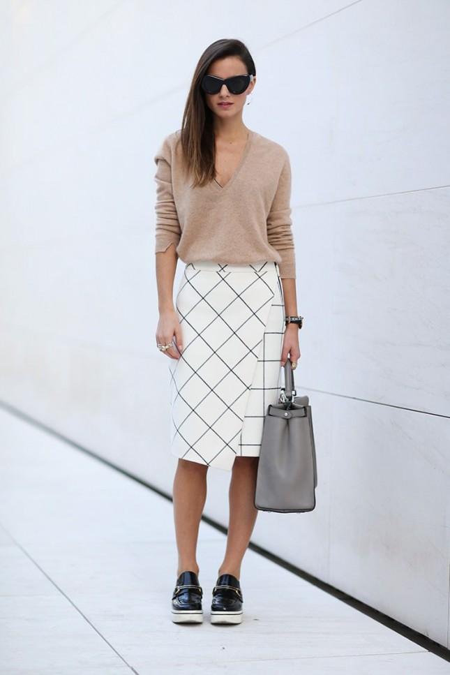plaid-skirt-cashmere-sweater-stella-mccartney-shoes-creepers-fendi-bag-peekaboo-zina-charkoplia-fashionvibe-645x967
