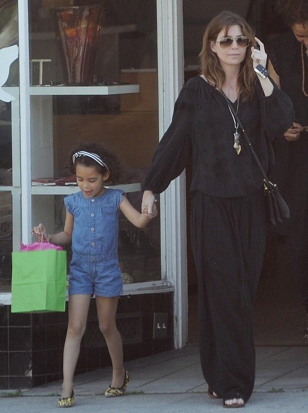 Эллен Помпео с дочкой