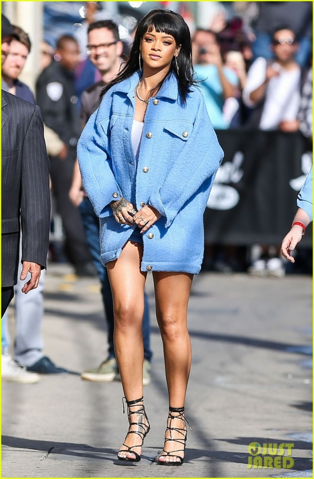rihanna-pulls-april-fools-day-prank-on-jimmy-kimmel-03