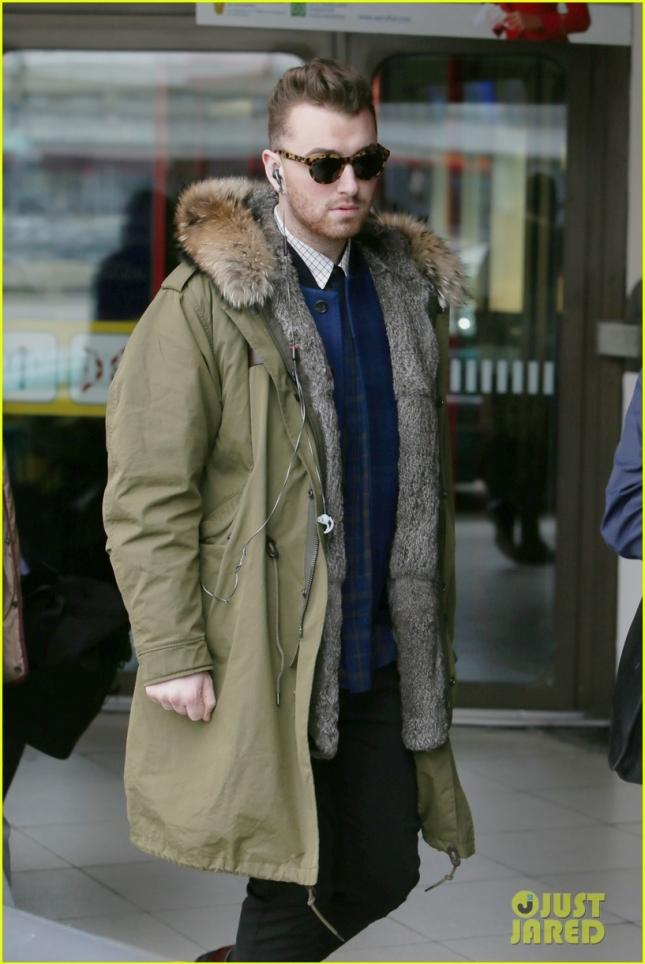 Sam Smith arriving in Berlin Tegel airport