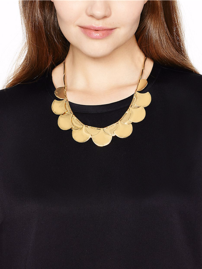 scallop-necklace-gold