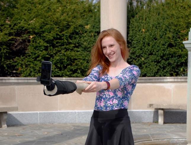 selfie-hand-stick-justin-crowe-aric-snee-6