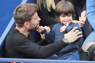 shakira-gerard-pique-bring-milan-to-watch-tennis-05