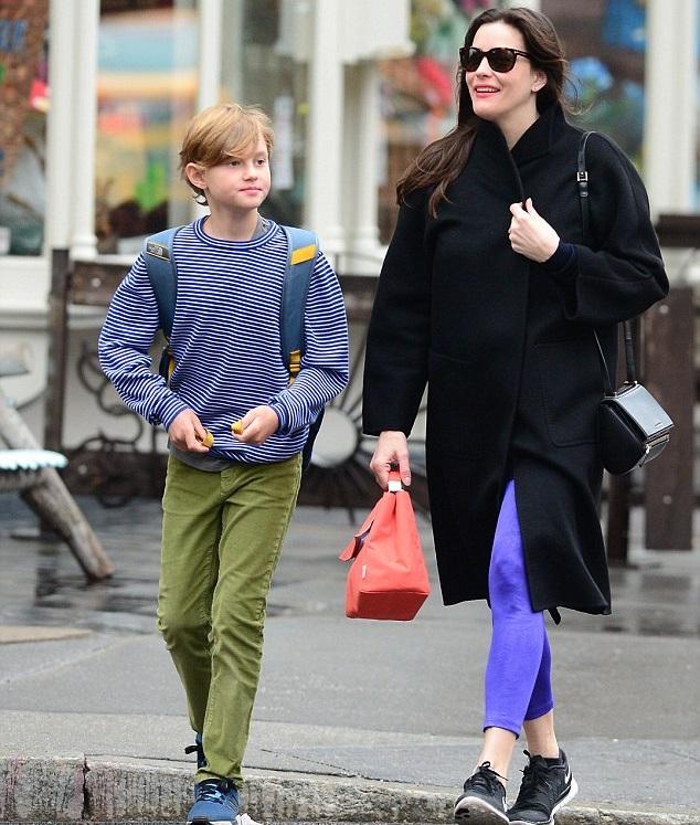Лив Тайлер с сыном Мило