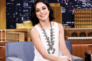 vanessa-hudgens-misses-coachella-watches-from-home-instead-05