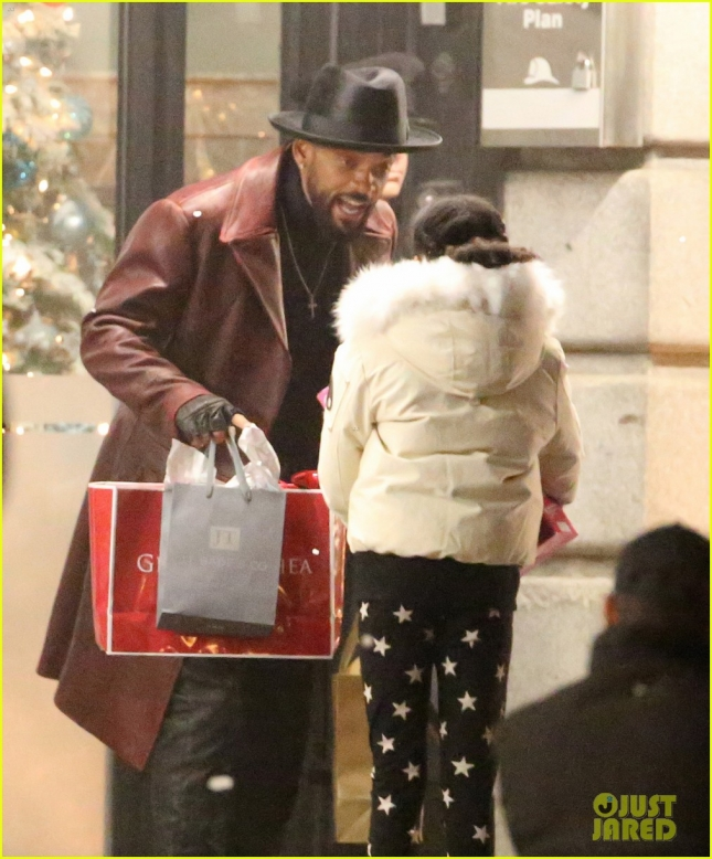 will-smith-spotted-in-costume-on-suicide-squad-set-02