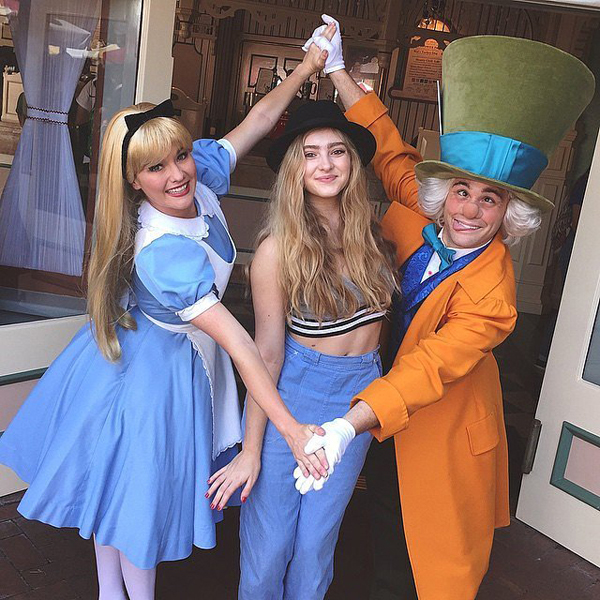 Willow-Shields-took-break-from-Dancing-Stars-visit