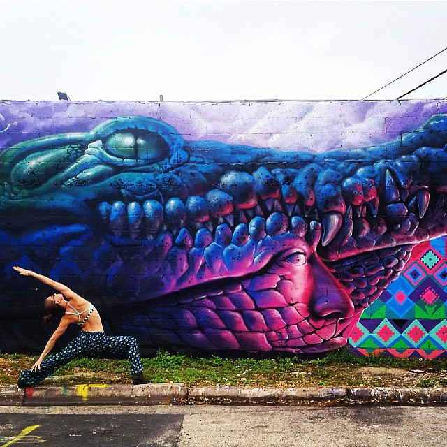 yoga-poses-street-art-graffiti-soren-buchanan-67