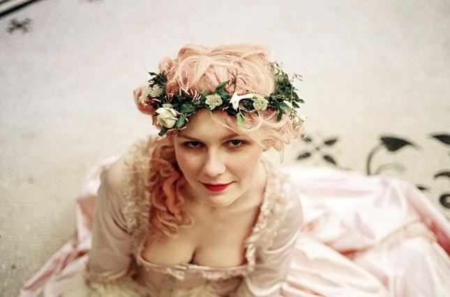 07-pink-hair-kristen-dunst