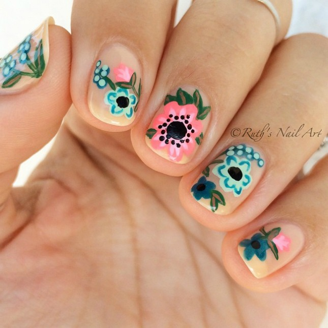10 Floral Manicures You Need to Master for Spring