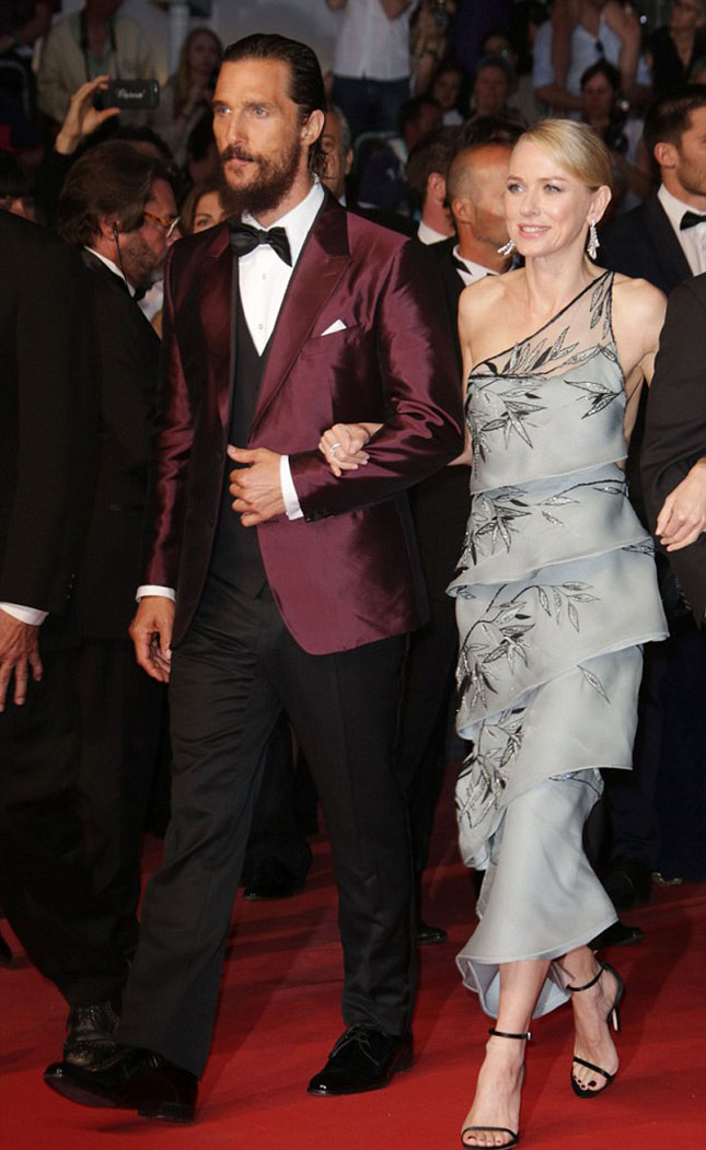 28C22A7100000578-3084853-Style_star_Naomi_Watts_looked_stylish_as_ever_as_she_attended_th-a-29_1431846456806