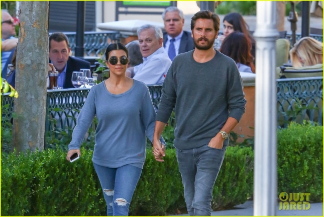bruce-jenner-secret-stopped-him-from-bonding-with-scott-disick-04