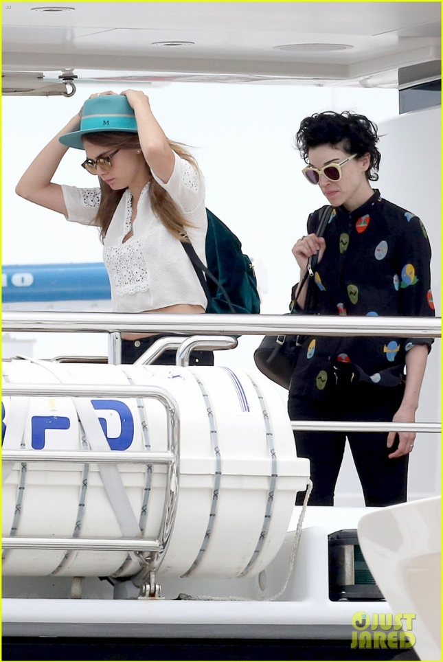 cara-delevingne-st-vincent-spend-time-together-at-cannes-05