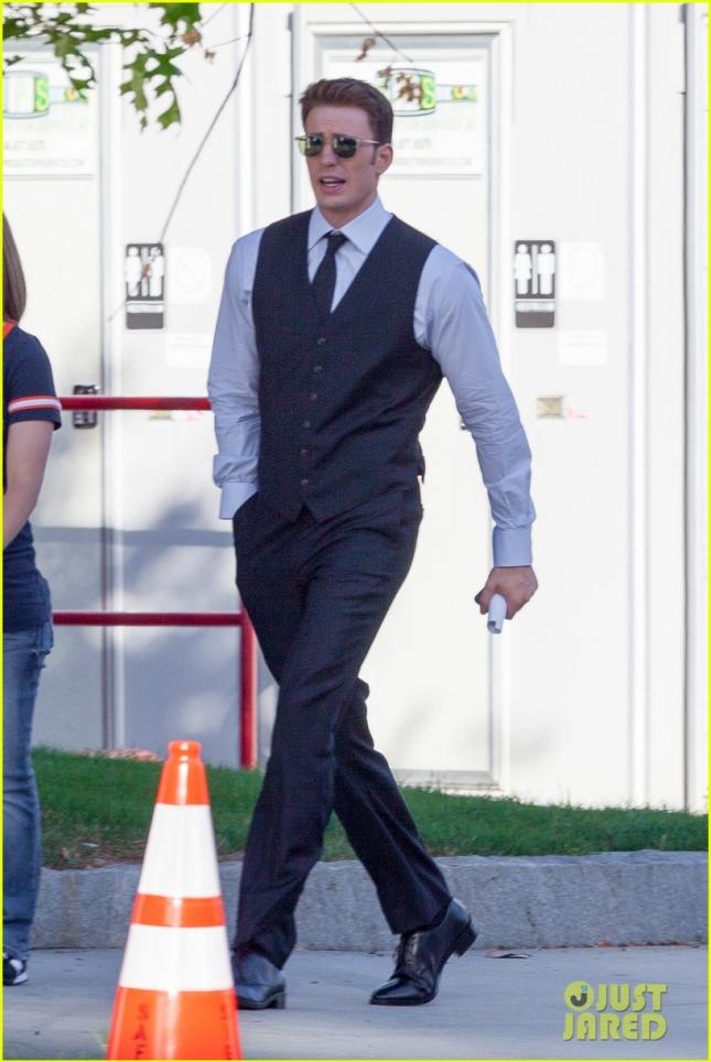 """Крис Эванс на съемочной площадке новой части """"Капитана Америки"""""""