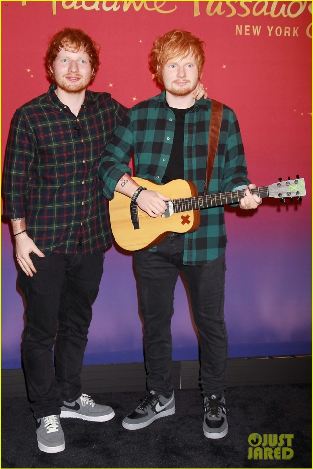 ed-sheeran-wax-figure-bulge-03