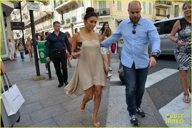 eva-longoria-out-and-about-in-cannes-10