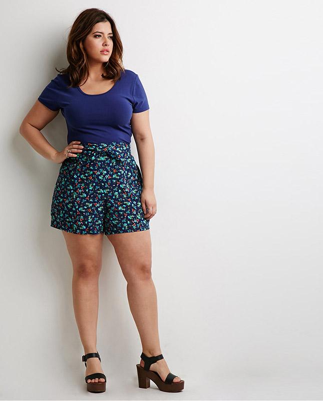 Цього літа в тренді шорти з високою талією (фото) - Жіночий журнал ... b90367937b28d