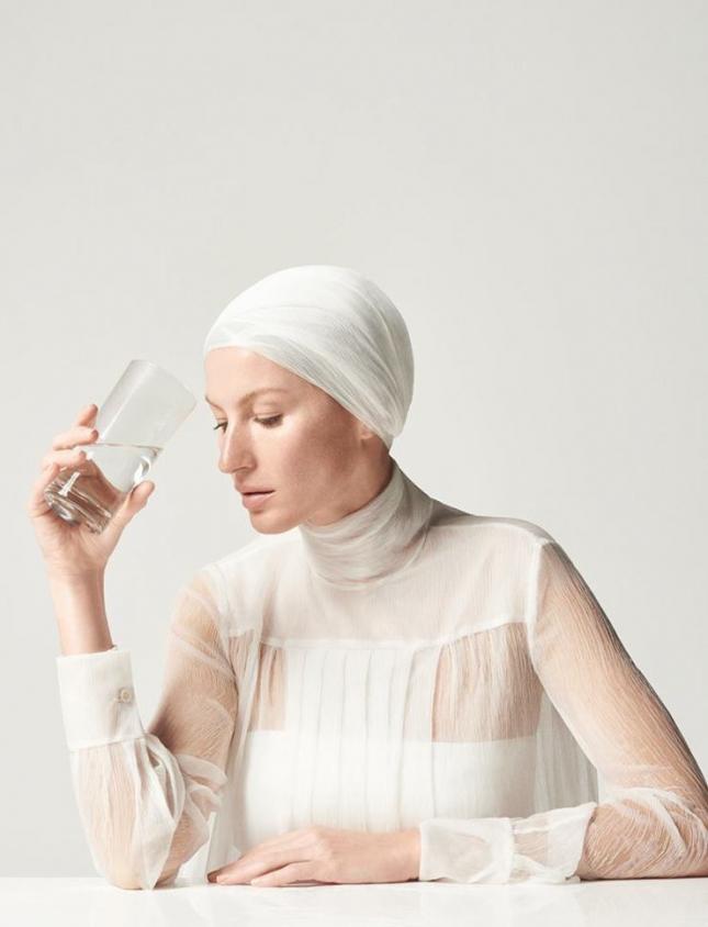 Жизель Бундхен в фотосессии для Vogue Бразилия, май 2015