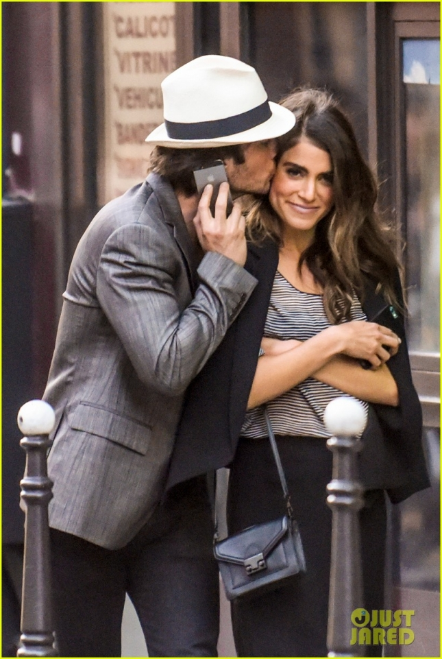 ian-somerhalder-nikki-reed-looked-so-in-love-in-paris-02