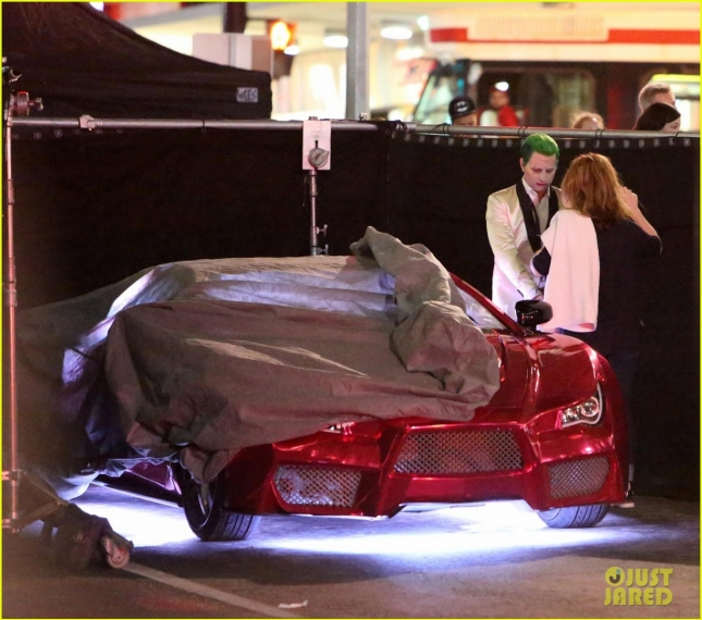 jared-leto-margot-robbies-stunt-doubles-suicide-squad-car-scene-20