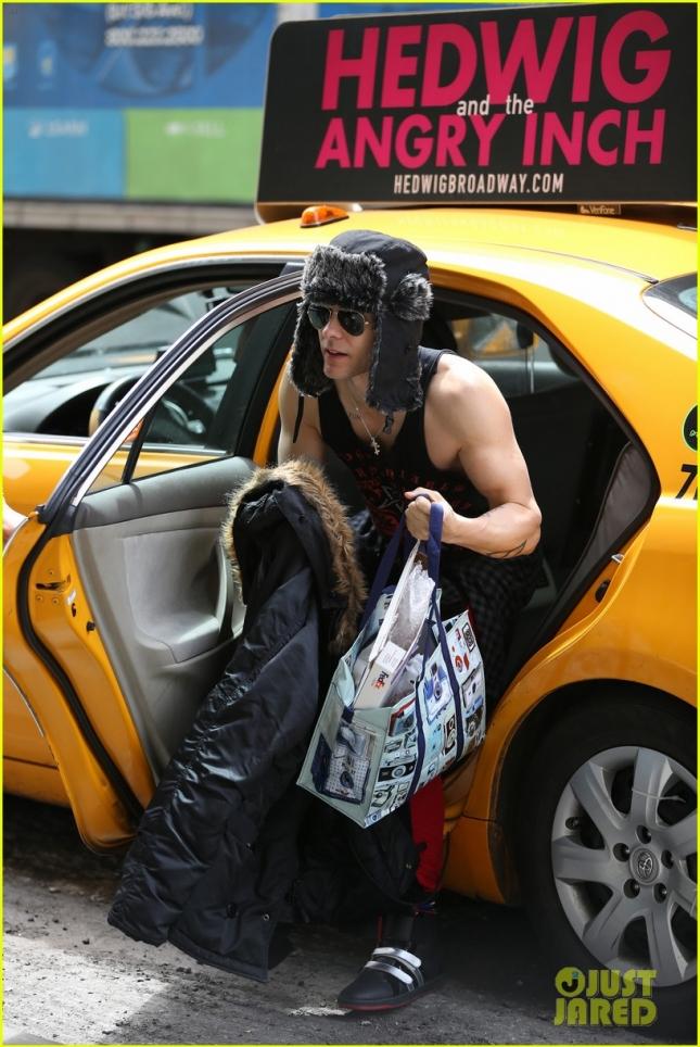 """На середине съемок """"Отряда самоубийц"""" Джаред Лето приехал из Торонто в Нью-Йорк, чтобы немного передохнуть"""
