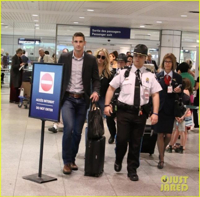 """Дженнифер Лоуренс прилетала в Канаду, чтобы начать свой процесс съемок в """"Люди Икс: Апокалипсис"""""""