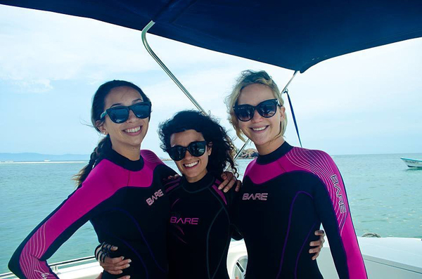 Jennifer-Lawrence-Vacation-Mexico-May-2015 (1)