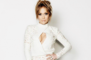 jennifer-lopez-announces-vegas-residency-04