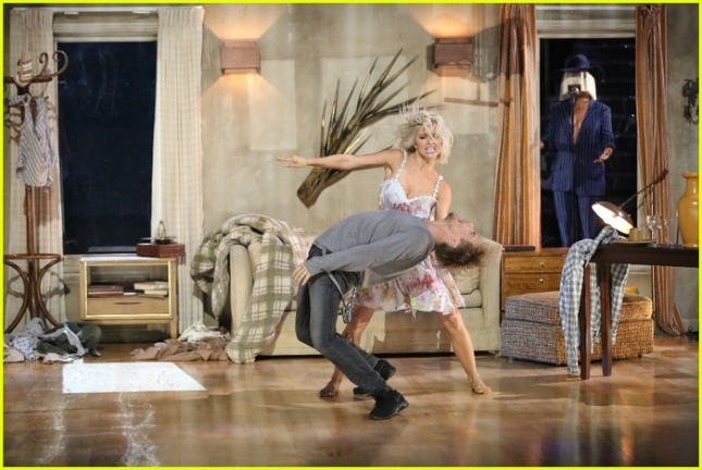 julianne-derek-hough-dwts-finale-06