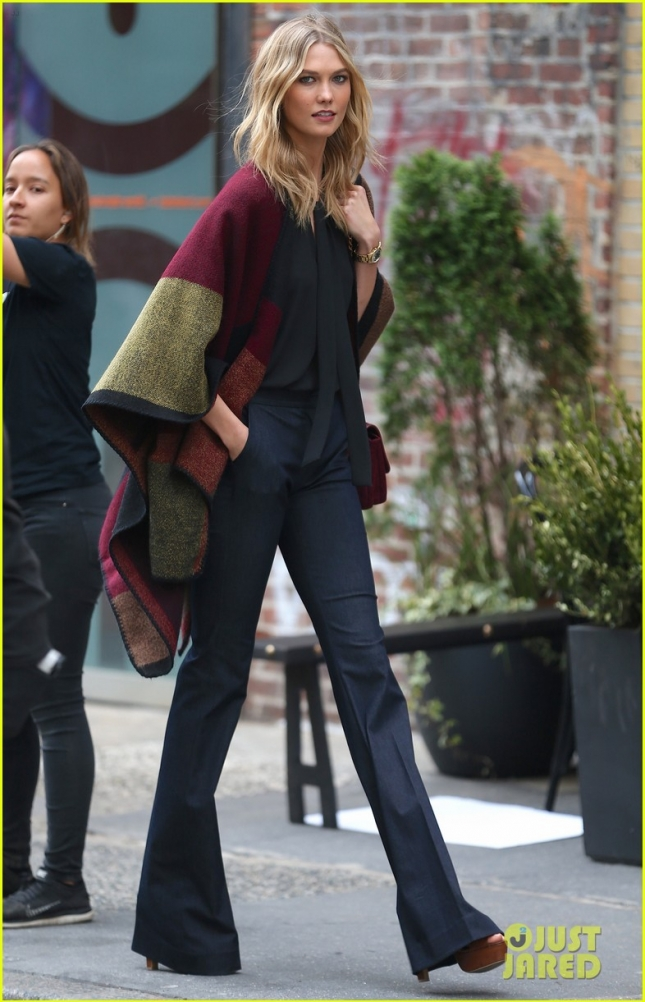 Karlie Kloss strikes a pose for an Express Photoshoot **USA ONLY**
