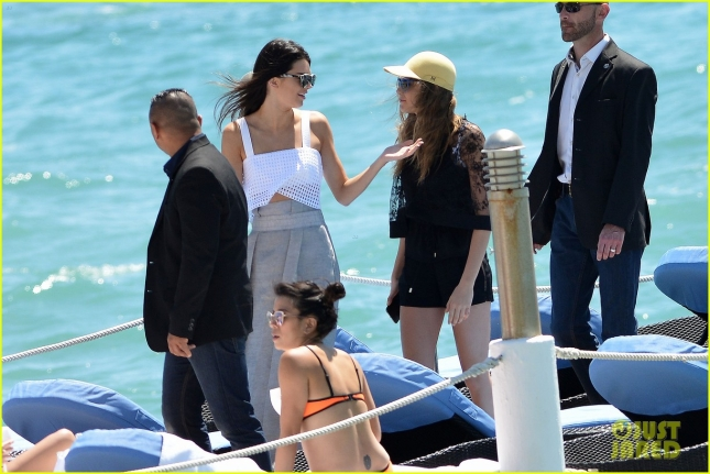 Model Pals Cara Delevingne & Kendall Jenner Hang Out In Cannes