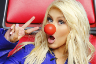kim-kardashian-more-support-red-nose-day-13