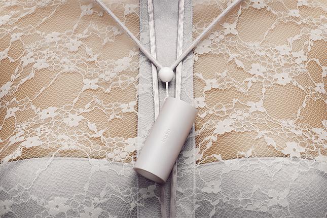 lapka_bam_white_laces
