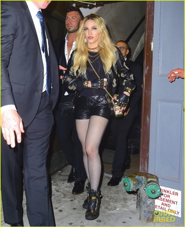 Мадонна посетила вечеринку Рианны в ночном клубе Up and Down