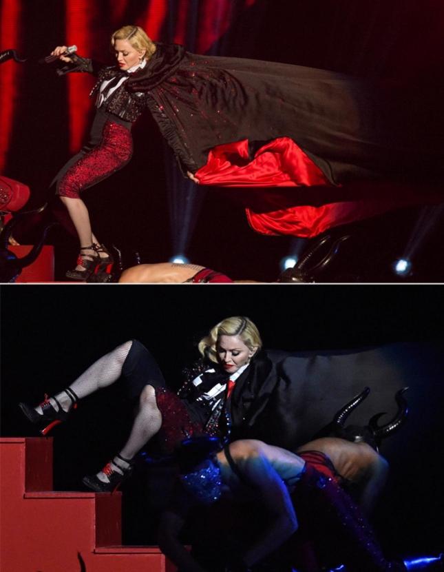 Мадонна во время выступления