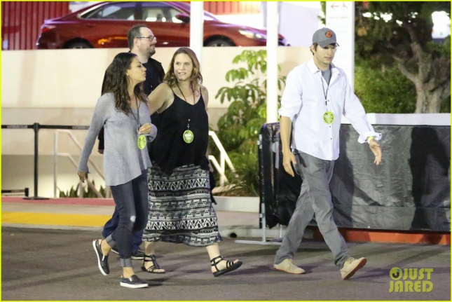 *EXCLUSIVE* Ashton Kutcher and Mila Kunis leave a date night at the U2 concert